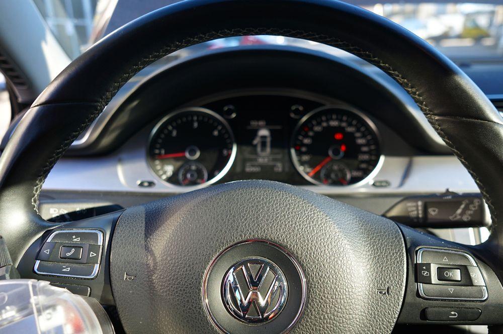 Volkswagen Passat - 4